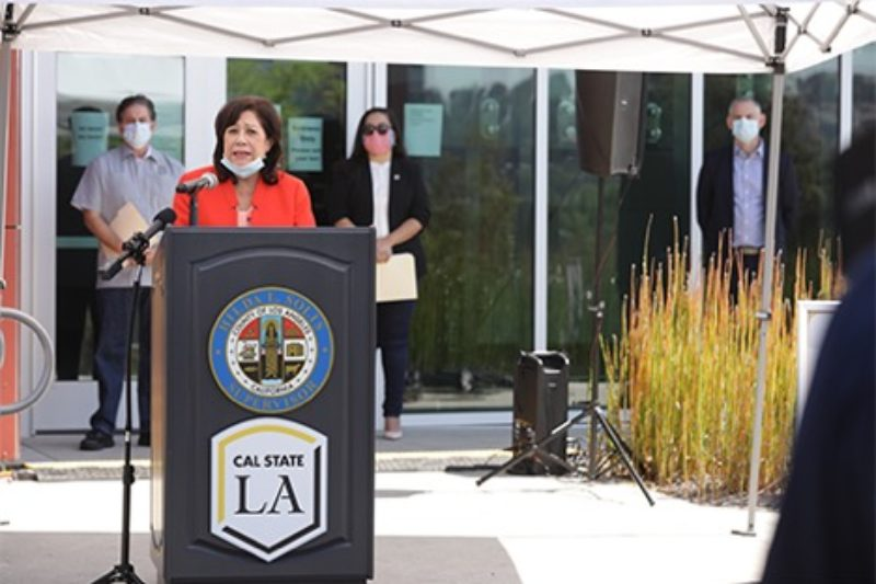 Supervisor Hilda L. Solis, Assemblymember Wendy Carrillo opens a new medical center in LA.